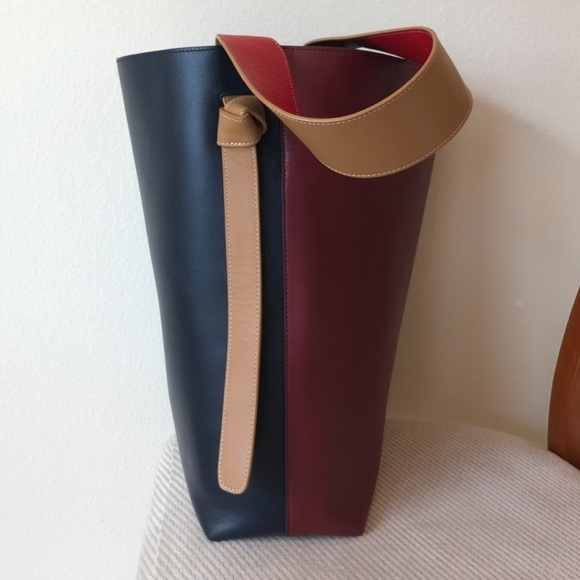 282715902e4 Celine Handbags - Céline Twisted Cabas bag great condition